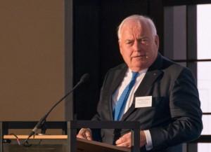 Begrüßte die Gäste: Friedrich G. Conzen, Vorsitzender des Rheinischen Einzelhandels- und Dienstleistungsverbandes. Foto: Marc Tups
